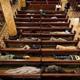 كنائس في مصر تفتح أبوابها لإيواء المشردين بسبب الأمطار والطقس السيء