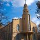 السلطات الإيرانية تغلق كنيسة عمرها 100 عام وتزيل الصليب عنها