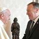 البابا فرنسيس وبومبيو يدعوان إلى حرية العقيدة في الشرق الأوسط