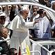 بابا الفاتيكان يصل كنيسة المهد في بيت لحم ويشارك برسالة روحية