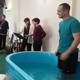 مواطن سعودي في بريطانيا ينشر لحظة تعميده معلنًا تحوله للمسيحية