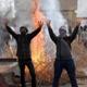 هيومن رايتس ووتش: الإخوان متورطون في حرق كنائس في مصر بعد 30 يونيو