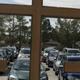 كنيسة كندية تقاضي مقاطعة لحظرها العبادة في السيارة