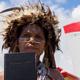 قبيلة يالي التي قتلت المبشرين يومًا ما تحتفل بهدية 2500 كتاب مقدس