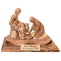يسوع يغسل رجل بطرس - خشب زيتون